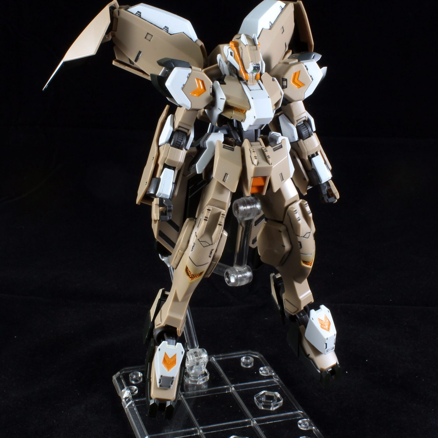 HG 1/144 Gundam Gusion Rebake Full City – Photo Gallery