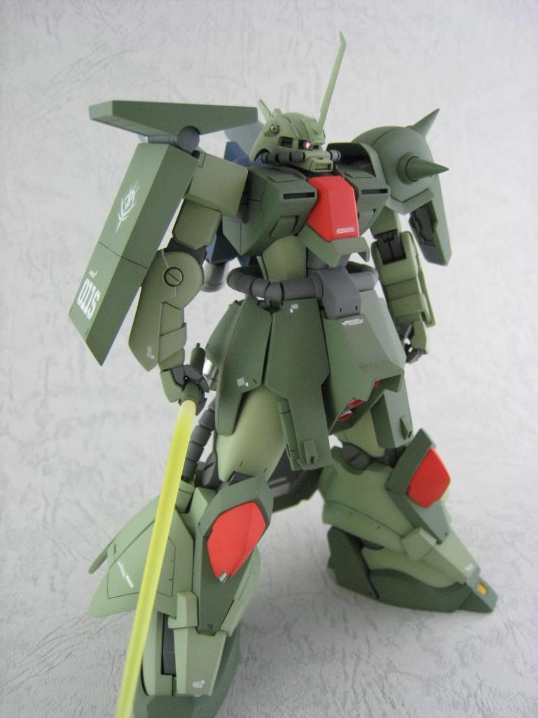 003] HGUC 1/144 AMX-011 Zaku III Custom | Bandai gundam