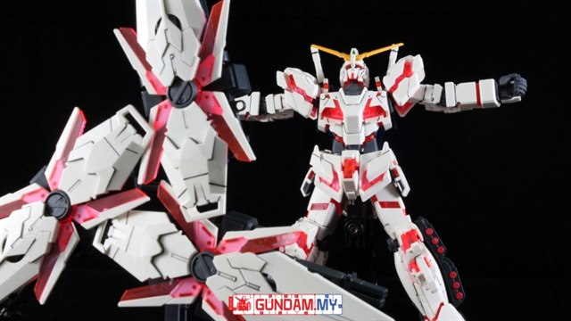 1//144 RX-0 Full Armor Unicorn Destroy Mode Red Model Kit HGUC # 199 GUNDAM