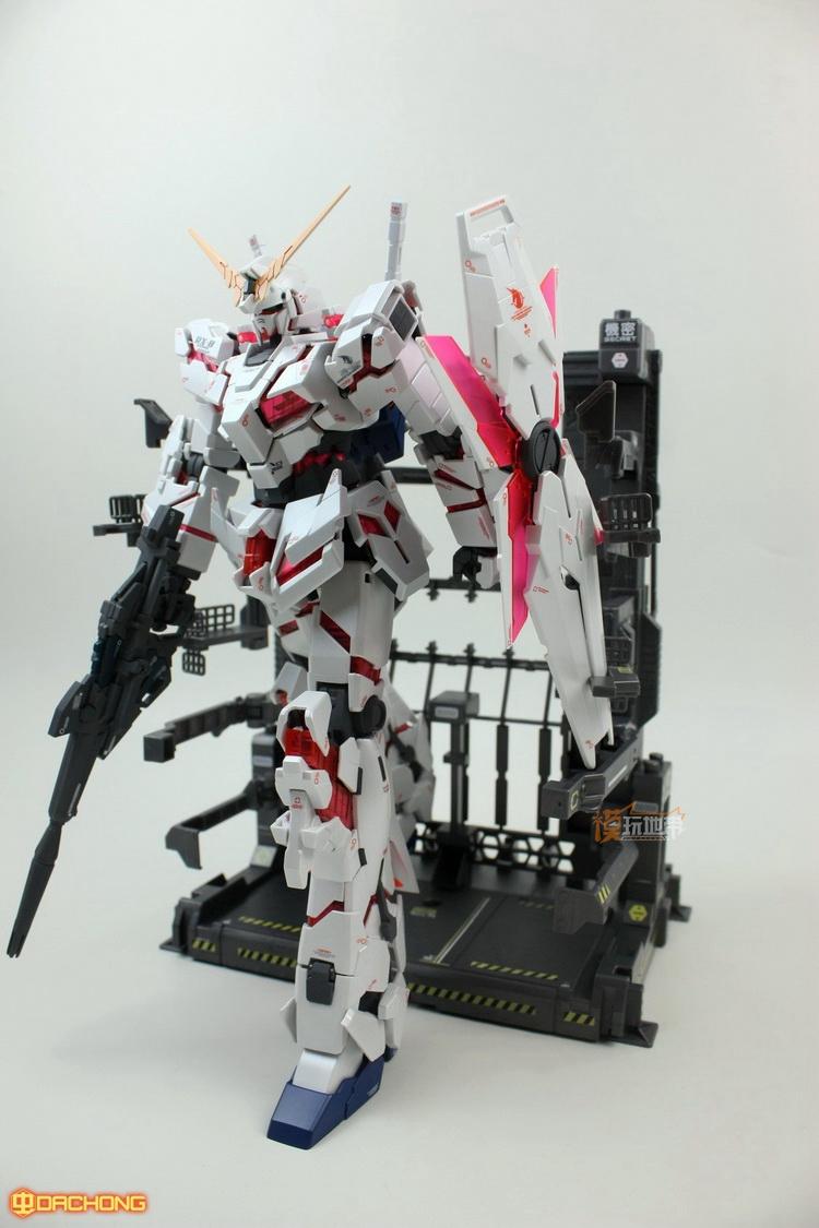 Energy and Repair Garage for MG / HG / RG Gundam (Gun Metal