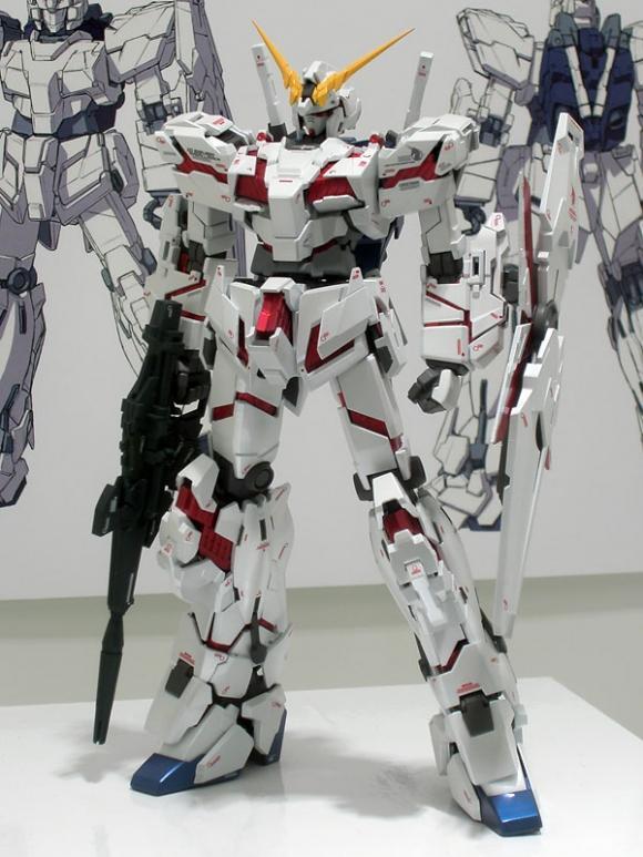 PG 1/60 RX-0 Unicorn Gundam (With LED)