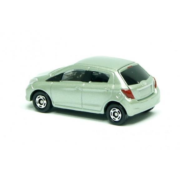 Tommy Takara Diecast vehicle - #104 TOYOTA VITZ
