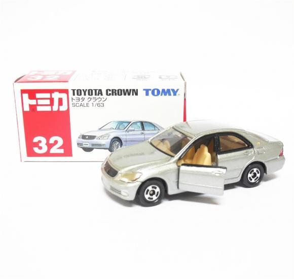 Tommy Takara Diecast vehicle - #32 TOYOTA CROWN (WHITE)